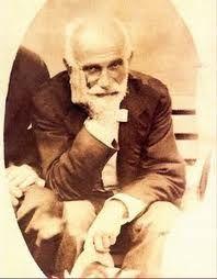 Francisco Giner de los Rios, filósofo, pedagogo y ensayista rondeño, fundador del Instituto Libre de Enseñanza.