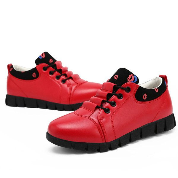 Pure Color Soft Sole Lace Up Casual Round Toe Running Shoes - US$42.55