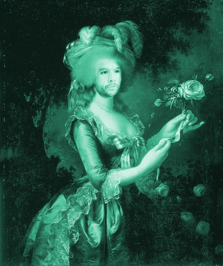 Big handed Antoinette