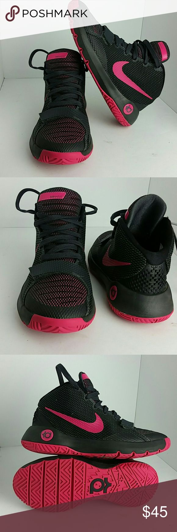 NIKE KD TREY 5 III WOMEN/YOUTH SHOES VERY CLEAN INSIDE-OUT   THIS IS A YOUTH SIZE 5Y WHICH IS WOMEN SIZE 6.5  SKE # TH NIKE Shoes Athletic Shoes