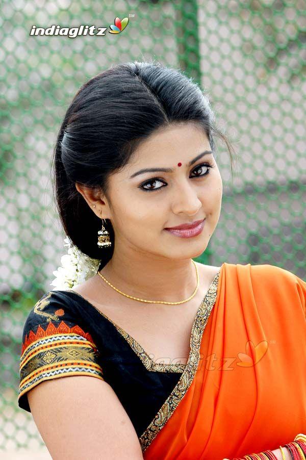 Cute Sneha Wallpapers Beautiful Sneha Beautiful Indian Actress South Indian