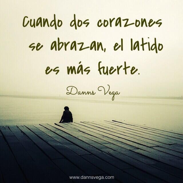Dos corazones se abrazan... #amor #love