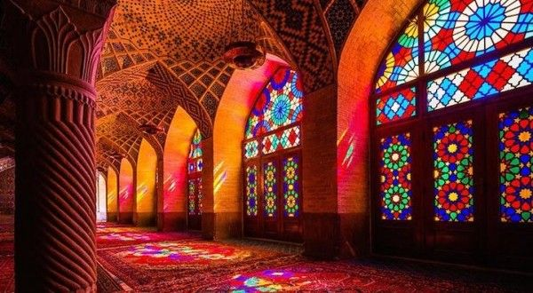 İran'daki Rengarenk Nasır el-Mülk Camii | Tasarım Harikası