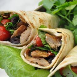 Italiaanse kipwraps met onze vegakip. Zie http://www.devegetarischeslager.nl/recepten/kip-wraps voor het recept!