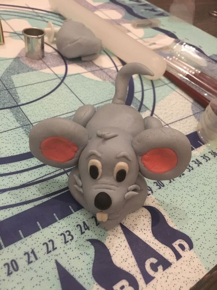 Myška z marcipanu