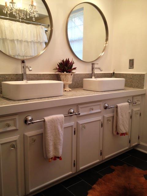 Best 25 Bathroom towel bars ideas only on Pinterest Hanging