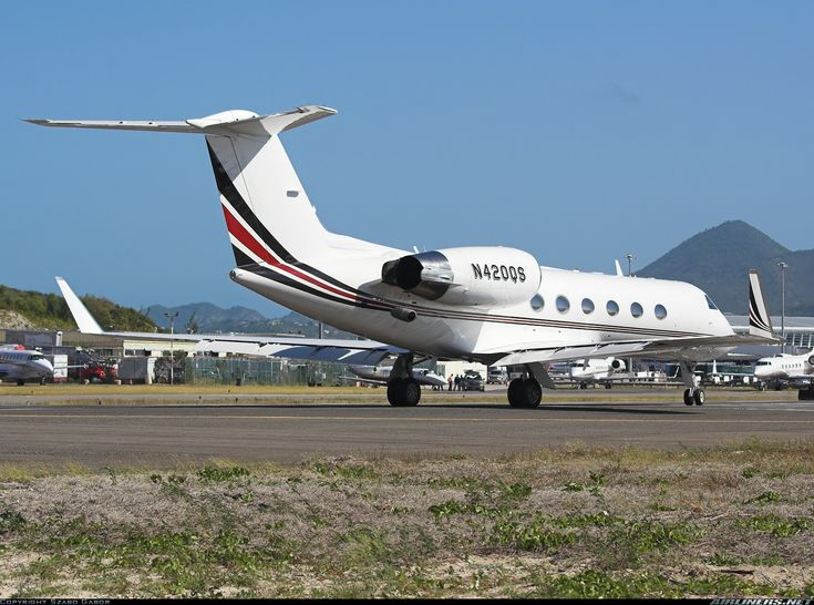 Gulfstream Aerospace G-IV Gulfstream IV-SP - Untitled (NetJets) | Aviation Photo #1497163 | Airliners.net