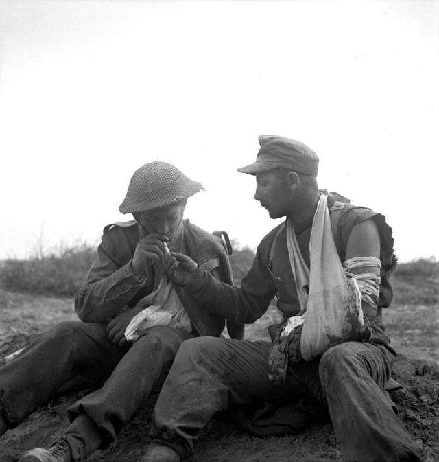Tebaga Gap, near Medenine, Medenine Governorate, Tunisia. 23 March 1943. - Imgur