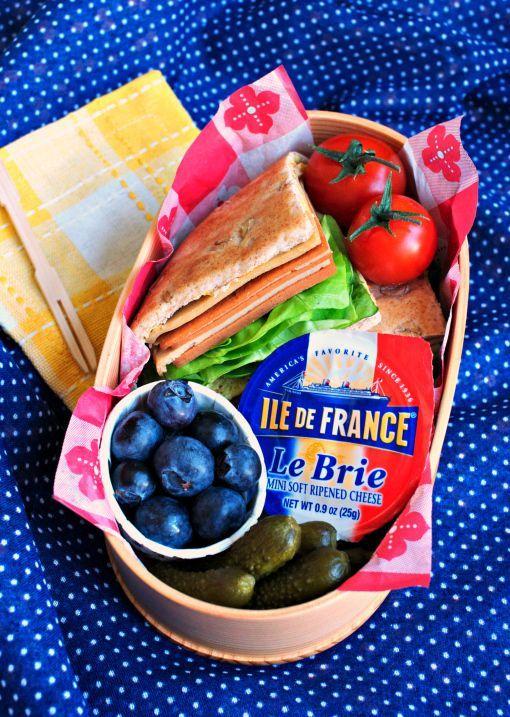 32 Healthy and Photo-Worthy Bento Box Lunch Ideas #bentobox #lunch #healthy
