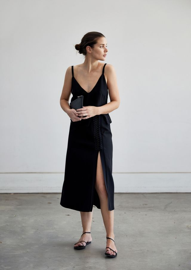 Wearing: Matin black top, Dion Lee black skirt, The Daily Edited bag, Ancient Greek Sandals. How does one wear the same favourite all black look and still make it new and exciting. Well, a Dion Lee d