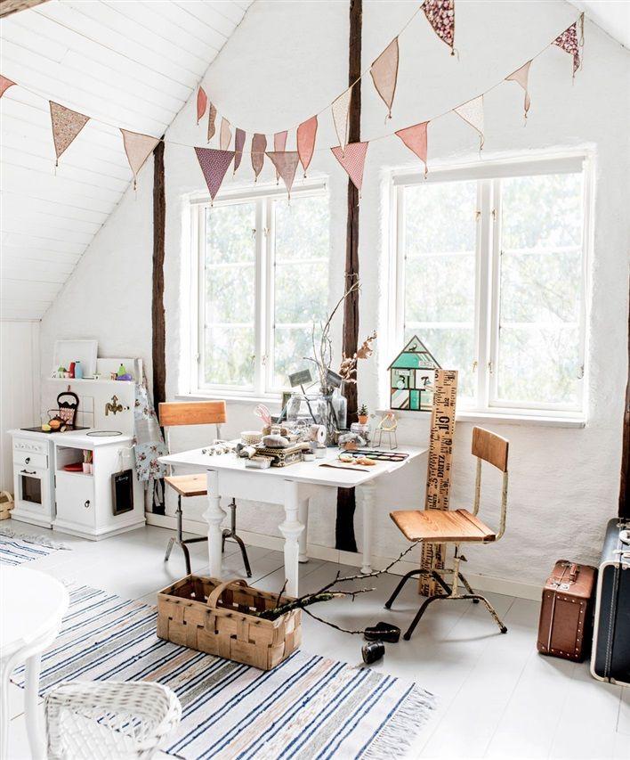 A vintage girls room full of creativity