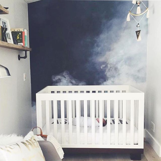 How amazing are those misty clouds :cloud: in this small space nursery?? So cool and unique, @1011makeup you've stepped it up and we love it.
