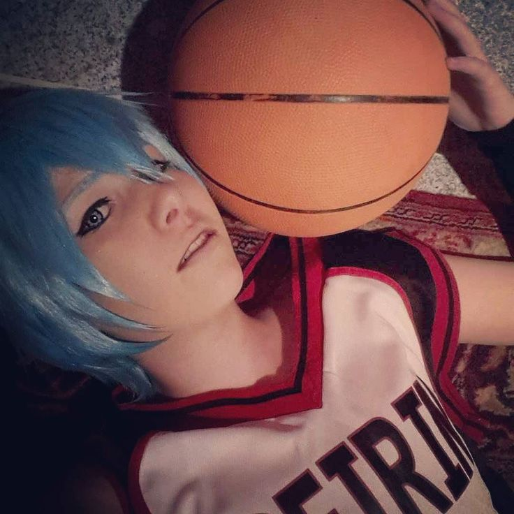 I'm so excited(did i spell it right?) And happy right now!! In two hours I'm on the way to my bby and I'm going to stay the whole weekend at her home I missed her so much     #kurokonobasket #thebasketballkurokoplays #knb #kurokonobasketcosplay #knbcosplay #kurokotetsuya #kurokotetsu #tetsuya #kuroko #tetsuyakuroko #tetsu #kurokocosplay #tetsucosplay #cosplay #animeboy #anime #basketball #manga #animecosplay #mangacosplay #kurokowig #sport #kurokomakeup #cosplaymakeup #crossplay