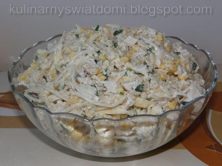 Sałatka z gotowanym kurczakiem i ryżem
