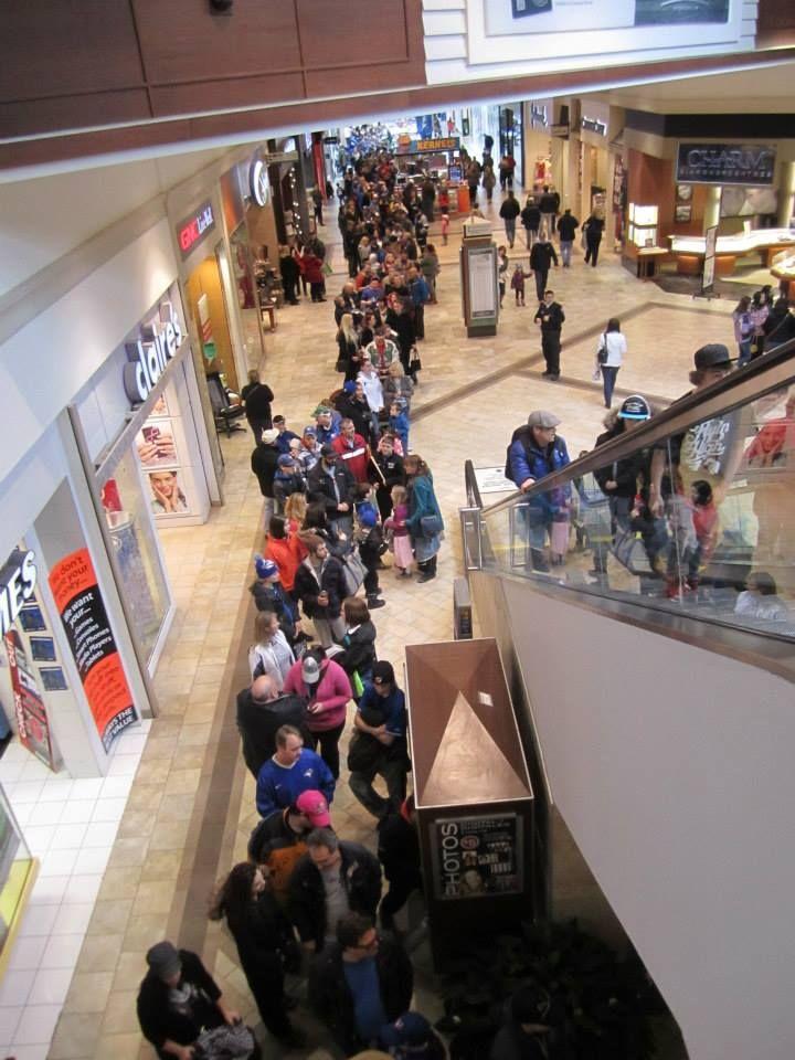 Did you line up to see The #Toronto #BlueJays? #Baseball #GTA #PTBO