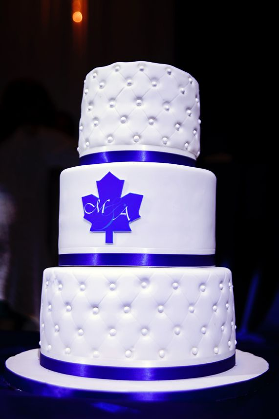 best wedding cake toronto 188 best wedding ideas nhl hockey wedding theme images 11706