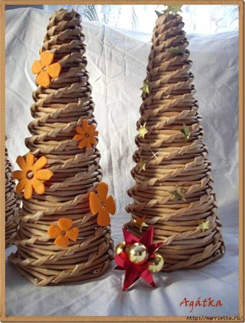 Weave Christmas tree made of newspaper tubes. - Weaving newspaper tubes - Paper Crafts - Publisher - Rukodel.TV