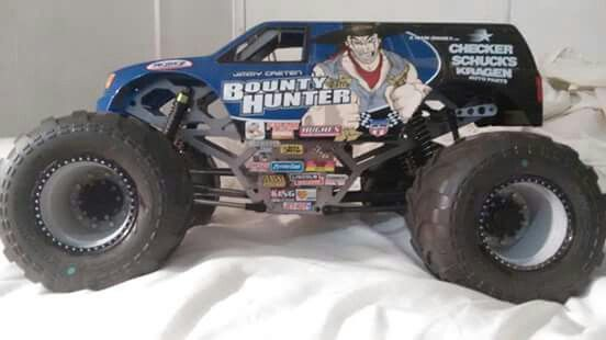 radio control monster truck with 382102349616436834 on 382102349616436834 as well 362085649054 as well 321253685653 as well Watch moreover Ride On Car 12v Electric Audi Q7 Style Suv With Parental Radio Control White 2071 P.