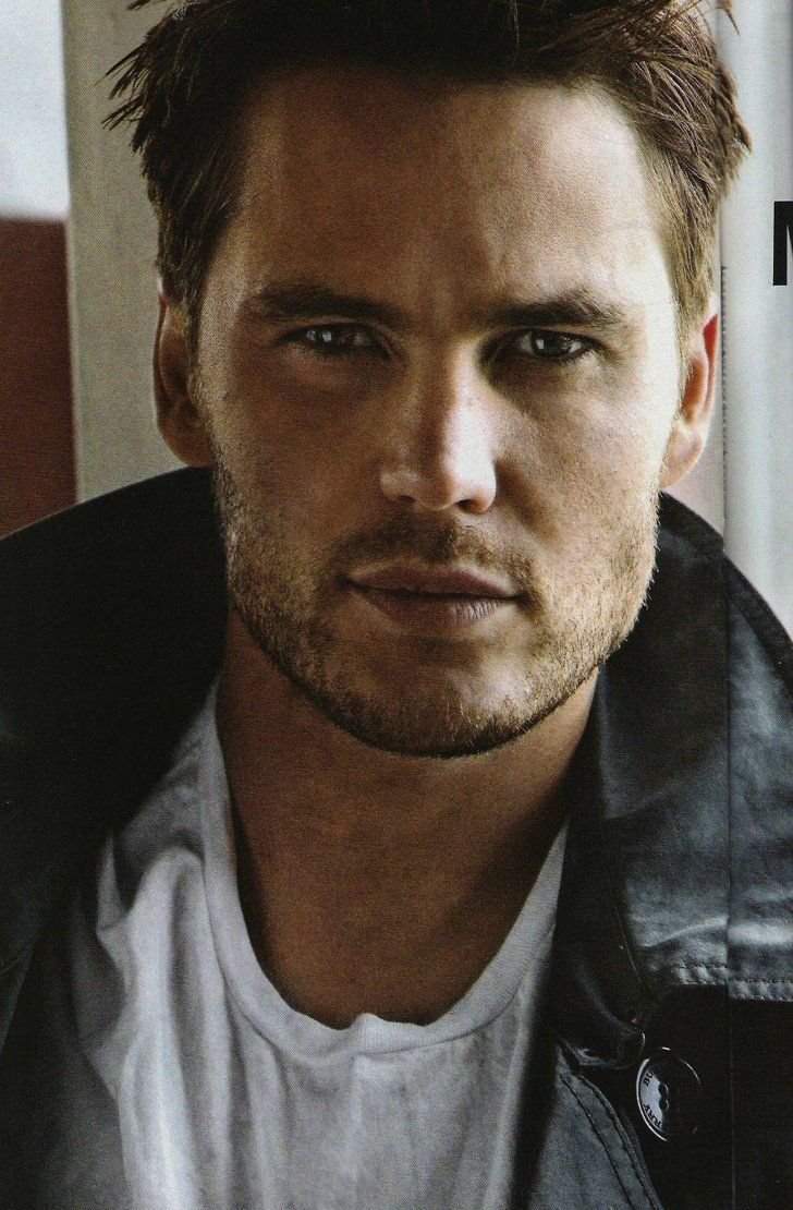 Pin for Later: 29 Ridiculously Sexy Taylor Kitsch Pictures That Might Make You Blush