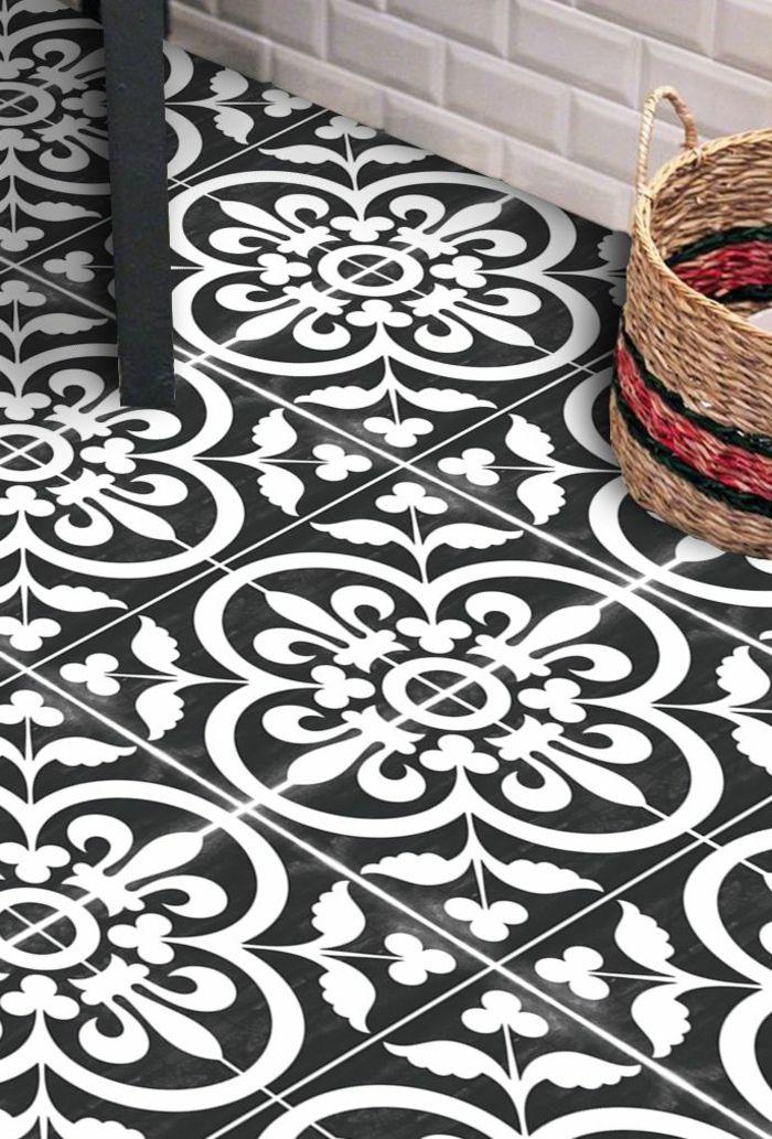 Design Carreau Noir Et Blanc Motifs Floraux Panier Rustique