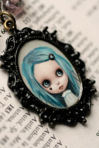 Hazie - original cameo by Mab Graves | Flickr - Photo Sharing!