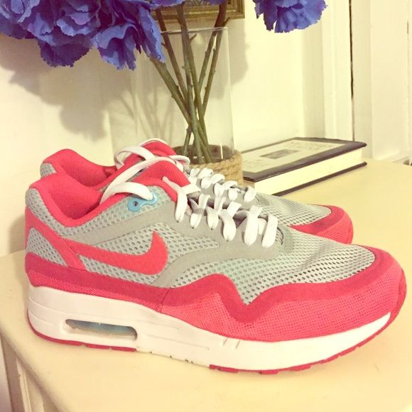 Ladies Nike Air Max 90 - Limited Edition Stylish retro sneaker. Comfy upper material and very lightweight. Originally $120. Worn once. Nike Shoes Athletic Shoes