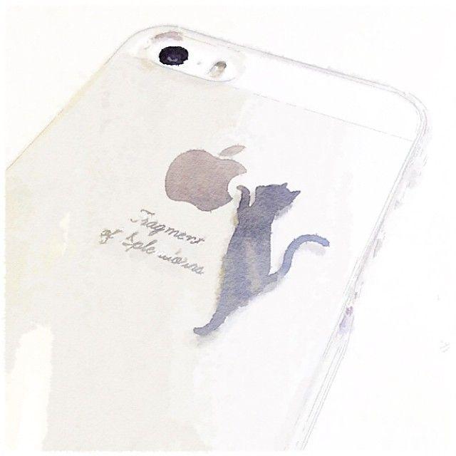 新しいiPhoneケースは #猫