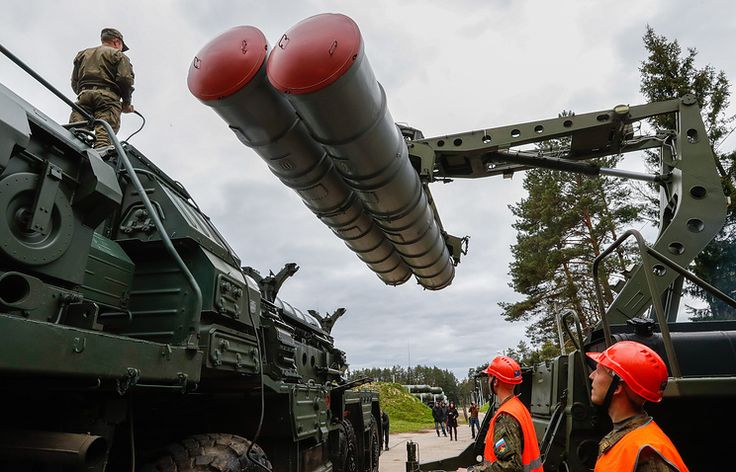 ST. PETERSBURG : Russia is ready to supply cutting-edge S-400 surface-to-air missile systems to Turkey, Russian President Vladimir Putin said at a meeting with the heads of world news agencies on T…