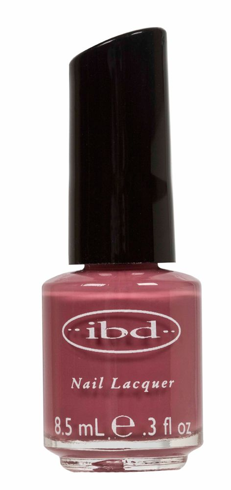 IBD NAIL LACQUER MOCHA PINK - 8.5 mL    IBD Nail Lacquer Base Coat facilita la adesione dello smalto IBD e isola le unghie naturali dagli aloni di colore.