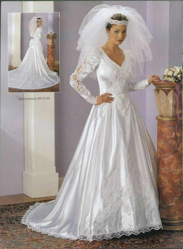 17 best images about puffy sleeves wedding dresses era on pinterest satin cindy crawford and. Black Bedroom Furniture Sets. Home Design Ideas