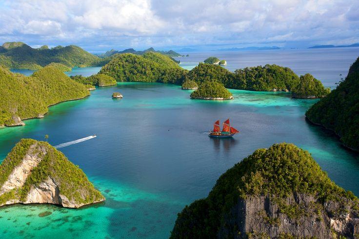 Pulau Wayag Surga Diving dan Snorkling Menakjubkan di Raja Ampat - Papua Barat