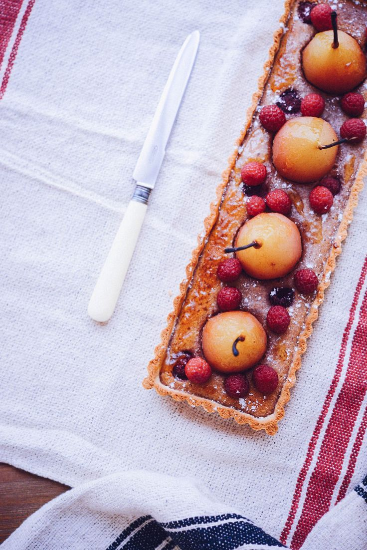 Poached Pear Tart with Raspberry Almond Cream | Vanessa Pouzet, May 2015 [Original recipe in French]