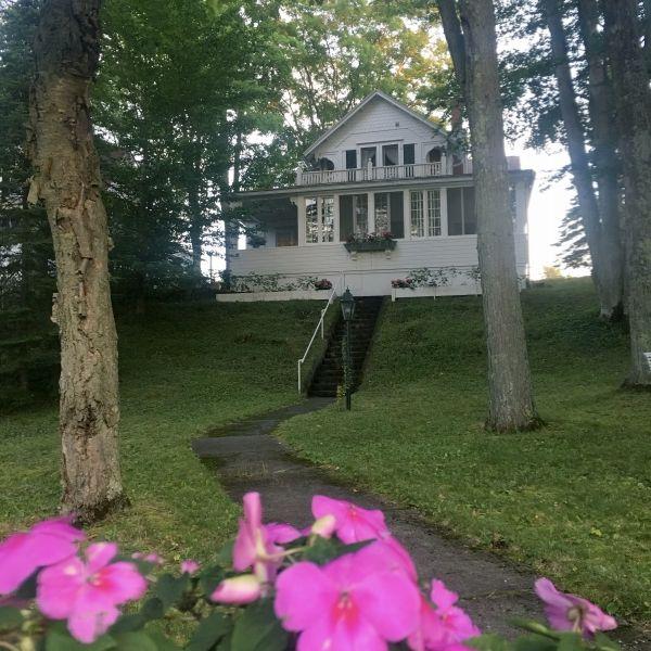 Designer Suzy Stout's White Summer Cottage in Bay View Michigan