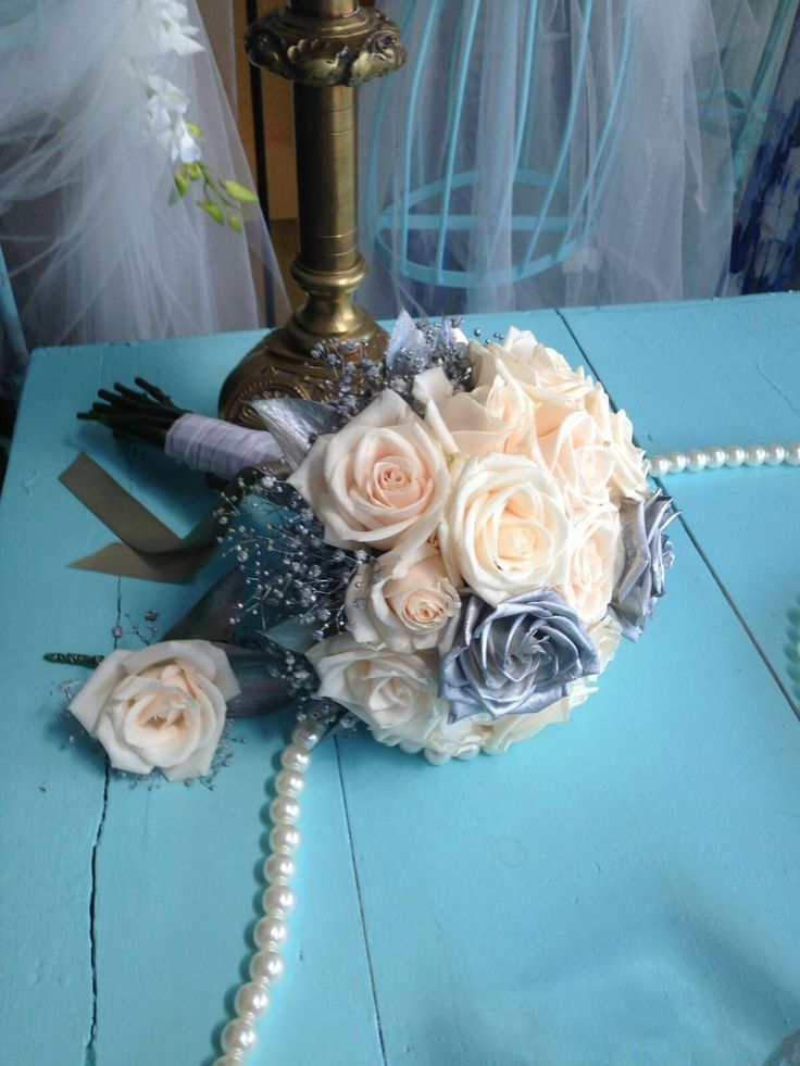 Wedding bouquet 25 years
