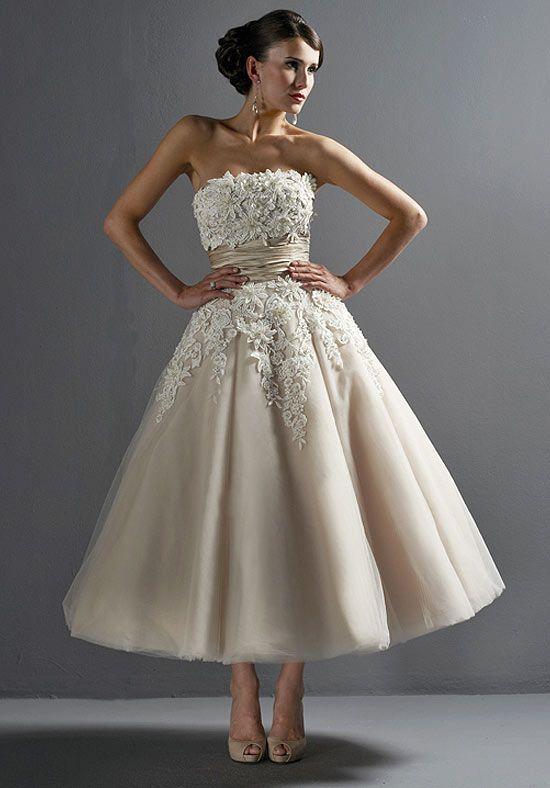 This. is. wonderful.: Teas Length Dresses, Wedding Dressses, Ball Gowns, Teas Length Wedding, Receptions Dresses, Shorts Dresses, Shorts Wedding Dresses, Tea Length, Justin Alexander
