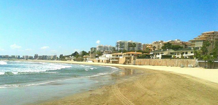 #Playa #ElsTerrers de #Benicàssim. Escuela de #vela. #mar #arena #sol #turismo #levante #mediterraneo #valencia #castellón #paraiso #paradise #beach #sun #spain