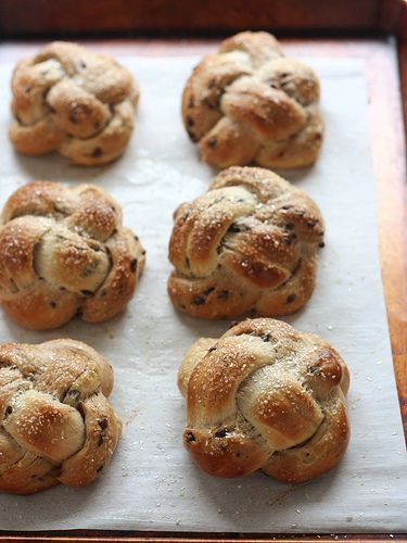 Mini Chocolate Chip Challah Buns from completelydelicious.com by Completely Delicious, via Flickr