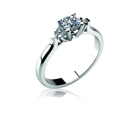 Věděli jste, že...  ve Spojených státech je zásnubní prsten definován v zákoně? Za určitých podmínek jej lze vymáhat po obdarované osobě.  Zásnubní prsteny se obecně v této lokalitě těší velké oblibě. Zcela běžně je možné najít páry, kde zásnubní prsten nosí také muž. Rovněž snubní prsteny a investice do nich jsou populární právě ve Spojených státech.