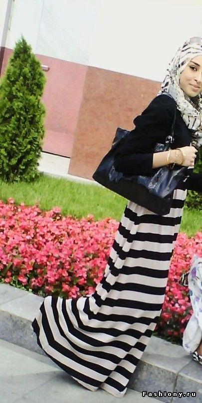 black and white! #hijab #hijabi #style #fashion