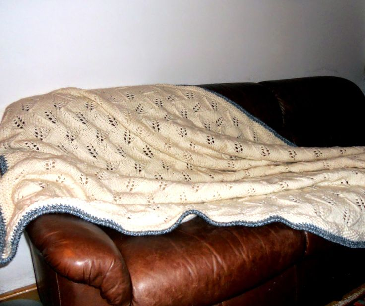 Handarbeiten * Crafts * Labores : Mit wem liege ich abends auf der Couch?