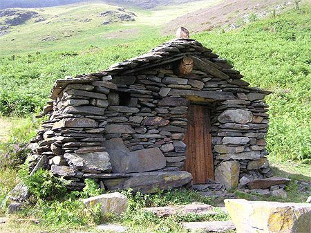 Les 25 meilleures id es de la cat gorie cabane des bergers for Bergers interieur