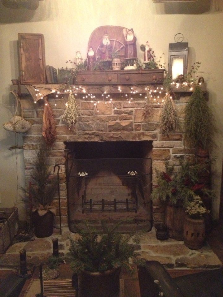 Primitive Christmas Fireplace At Amy And Tim Duncan S