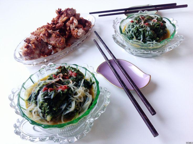 Fatbombstekt kyckling med asiatisk spenatsås