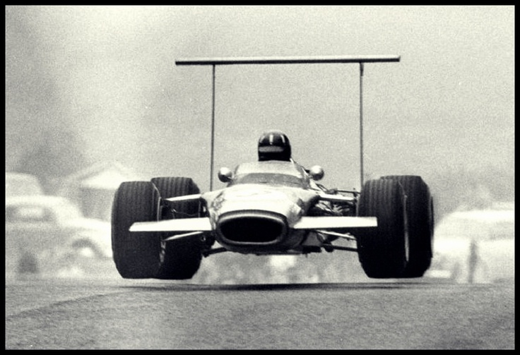 flying (Graham Hill, F1, 1968)
