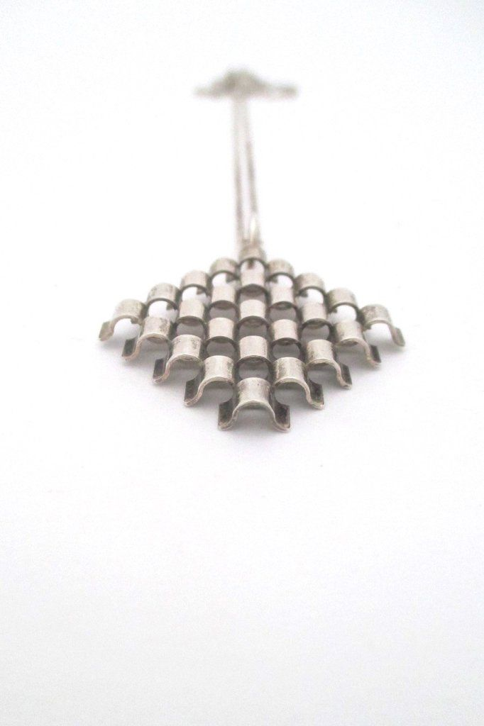 Elis Kauppi for Kupittaan Kulta, Finland - silver 'wave grid' openwork necklace