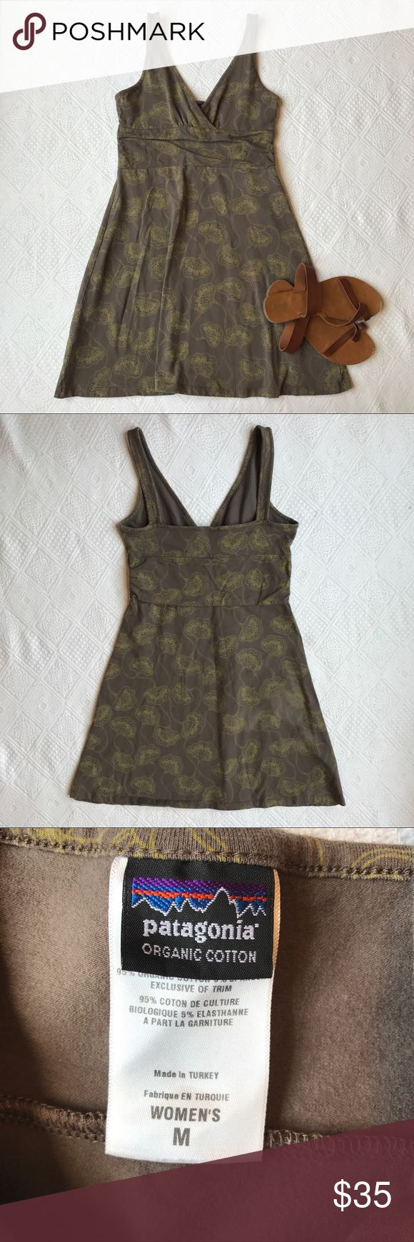 Women's Patagonia dress size Medium No rips, stains, holes. Mind wear, still in great condition! Soft material super comfy. Patagonia Dresses Mini