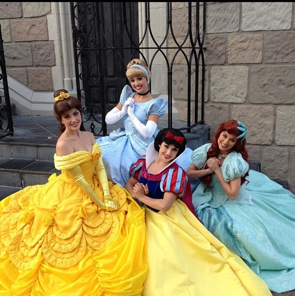 Princess Belle Gohana Recommended: 62 Best Character Friends Images On Pinterest