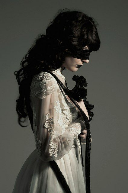 dark victorian - so beautiful! Lace...love lace.