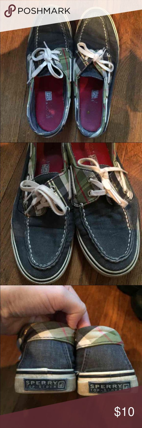 Woman's 6.5 Plaid Preppy Sperry Boat Shoes These shoes have been well loved! They're still in good condition except a tear on the side of one of them (check photo) but is fixable. These fit like a glove and are super cute and preppy! No trades.  📦 MOVING SALE! I am moving in August and am need of getting rid of as much as possible! Not all prices are firm and I am most likely willing to negotiate, just no lowballing or trades please. Thanks for stopping in my closet! Sperry Top-Sider Shoes…