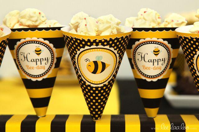 Treats at a Bumblebee Party #bumblebee #partytreats